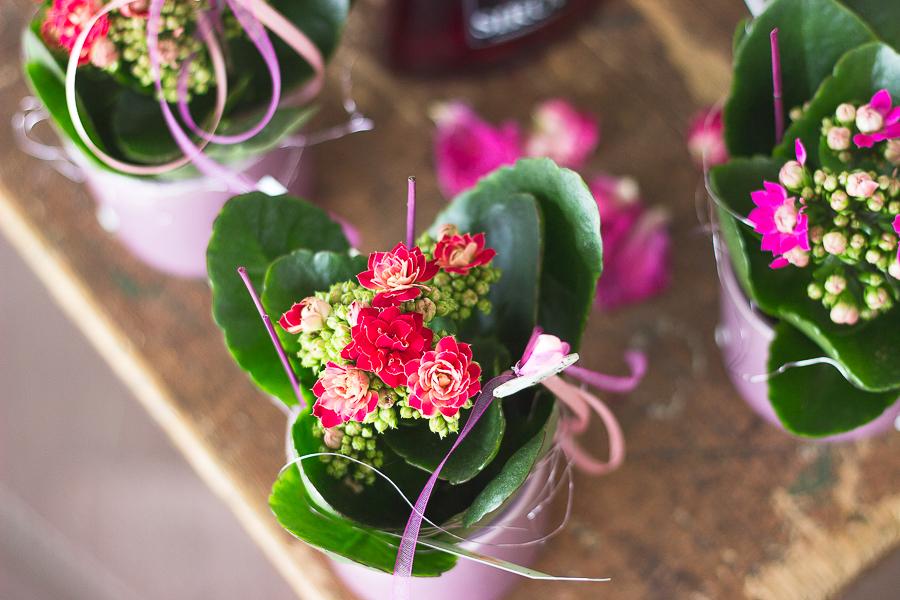 Reportagefotografie-Dekoration und Blumen