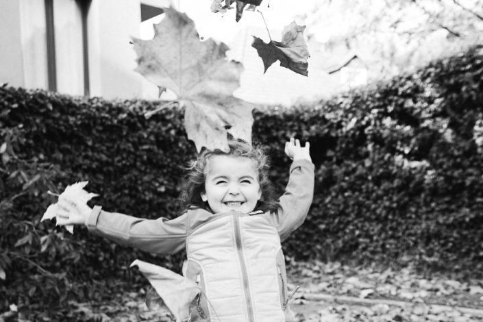 Familienfotografie schwarz weiß